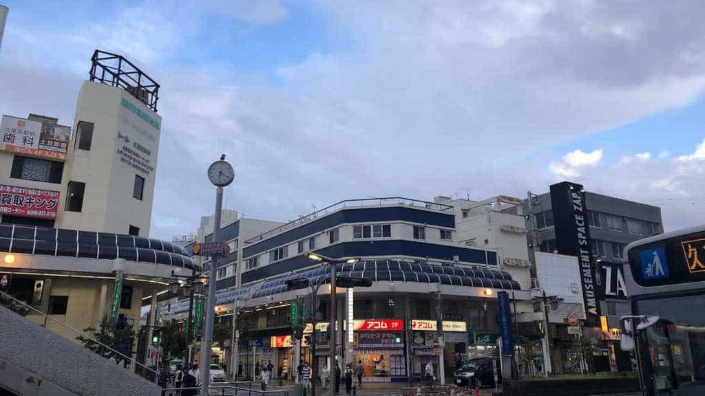 京急久里浜駅前