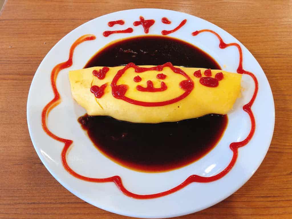 メイドカフェ食事